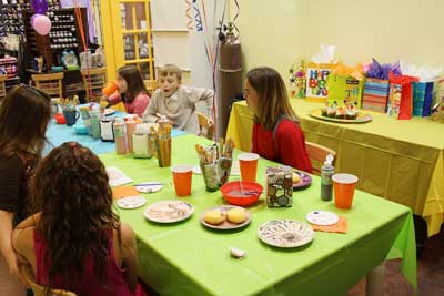 Have a birthday party for kids at Joe Picasso's in Fort Lauderdale, Florida, 33301.